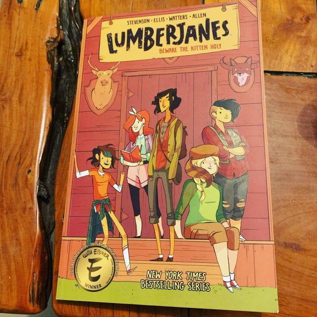Lumberjanes Volume 1: Beware the kitten holy